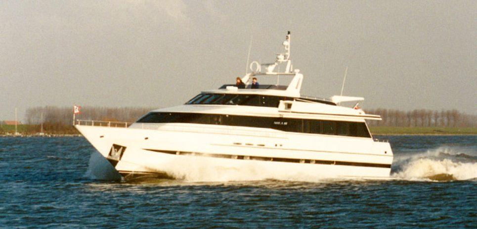Mila III Charter Yacht