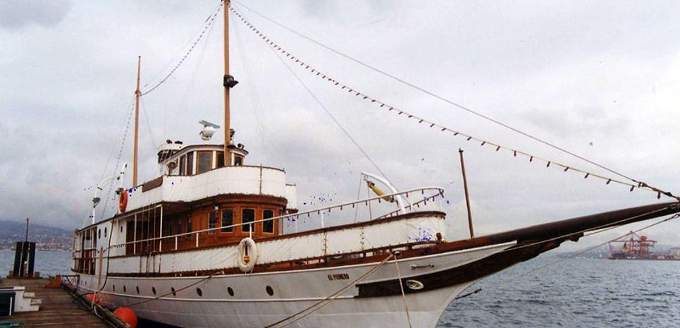 El Primero Charter Yacht