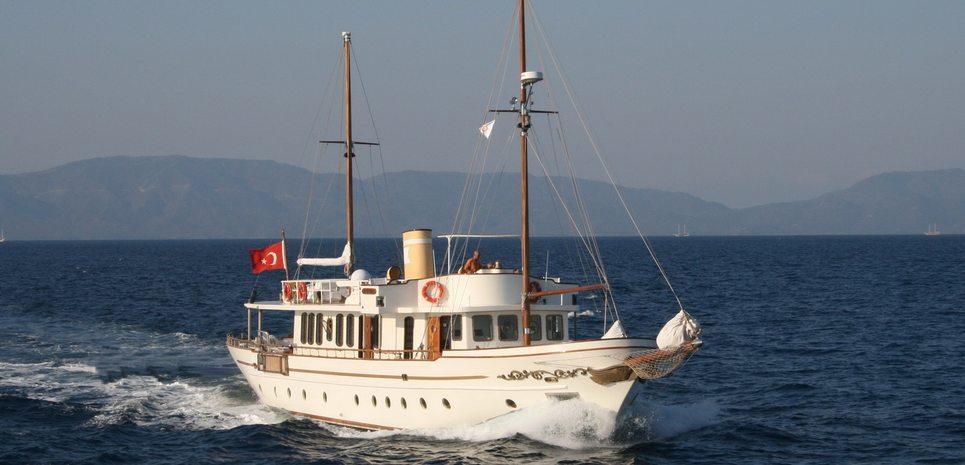 Silver Cloud Charter Yacht