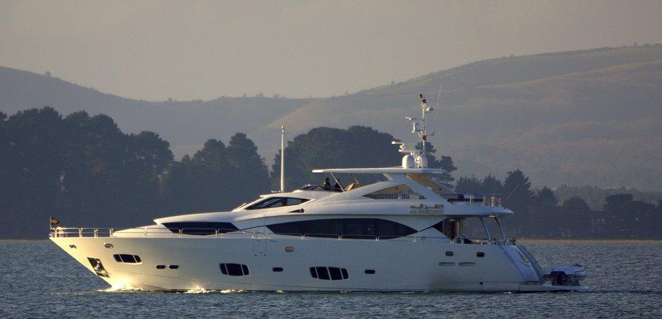 Al Farqad Charter Yacht