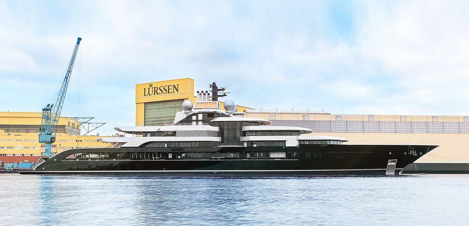 Crescent Charter Yacht