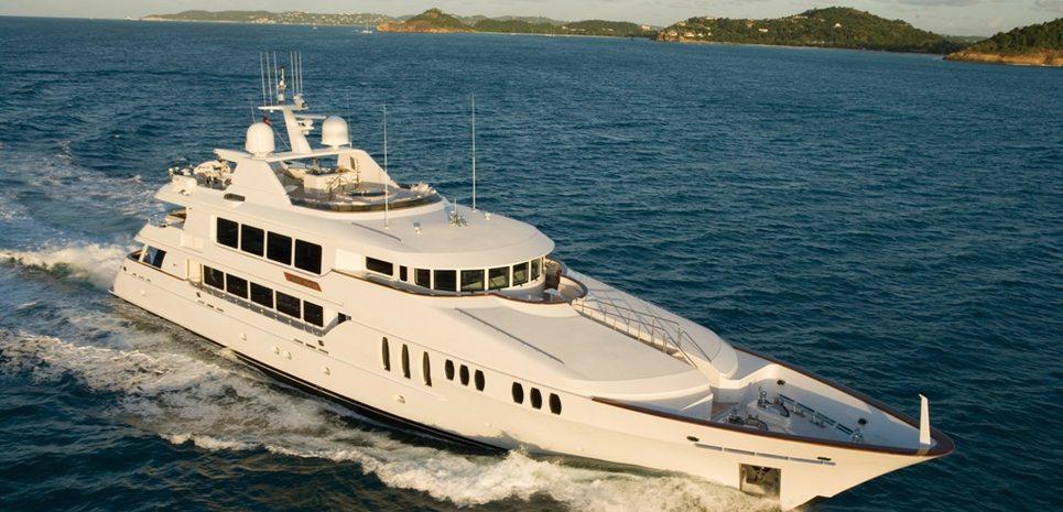 Bouchon Charter Yacht