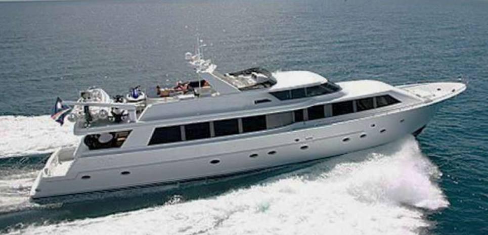 Miz Doris III Charter Yacht