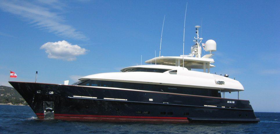 Contessina Charter Yacht