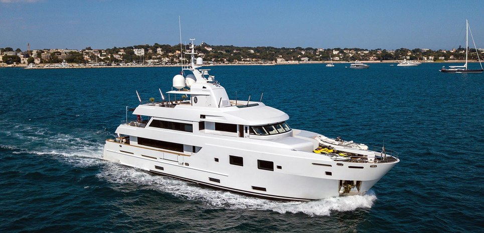 Tommy Belle Charter Yacht