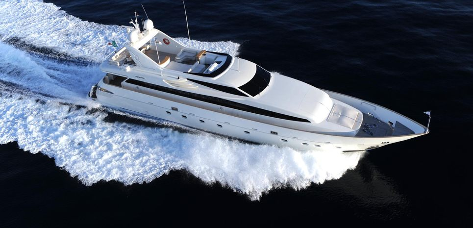 Miadoma Charter Yacht