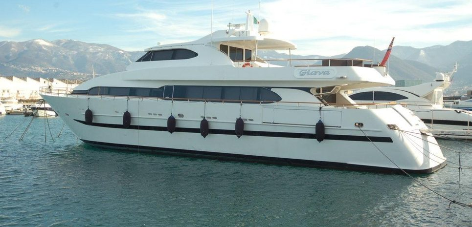 Giava Charter Yacht