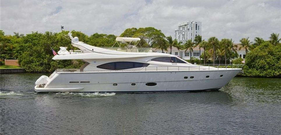 Pibe Charter Yacht