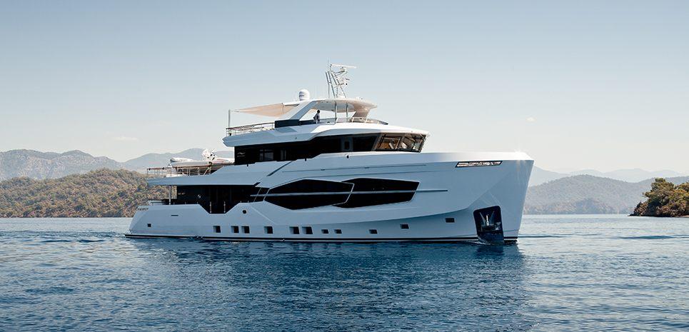 Numarine 32XP/ 05 Charter Yacht