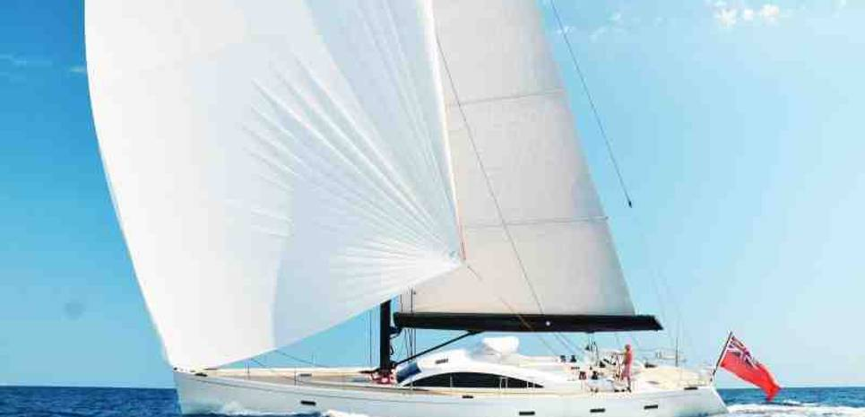 La Luna Charter Yacht