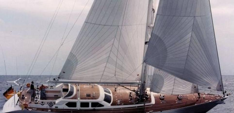 Vita Bella Charter Yacht