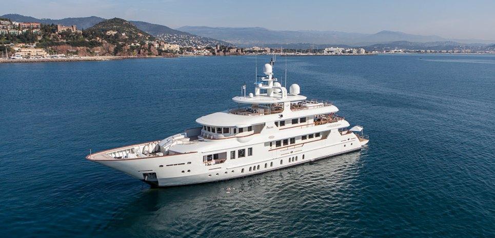 Hemabejo Charter Yacht
