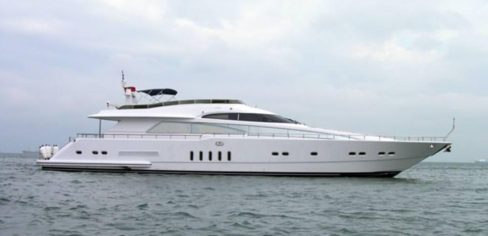 Dodo Charter Yacht