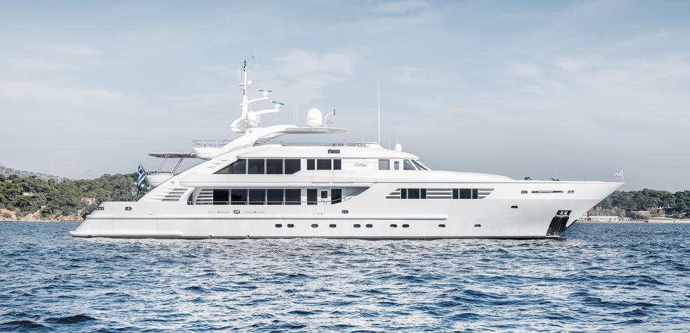 Oasis Charter Yacht