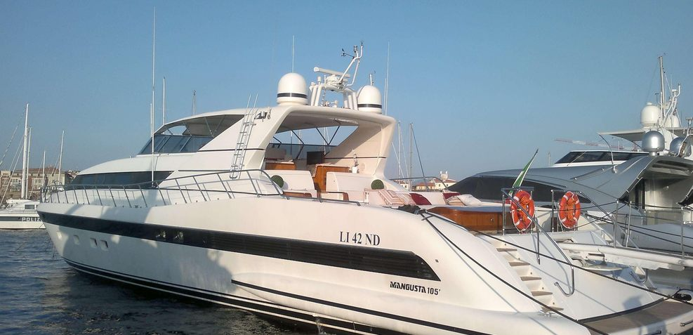 Antares K Charter Yacht
