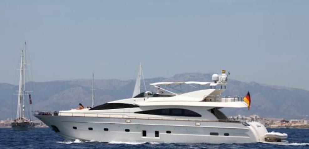 La Diosa Charter Yacht