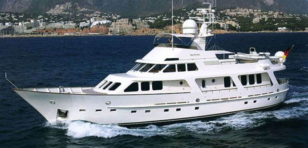 Mayflower J Charter Yacht
