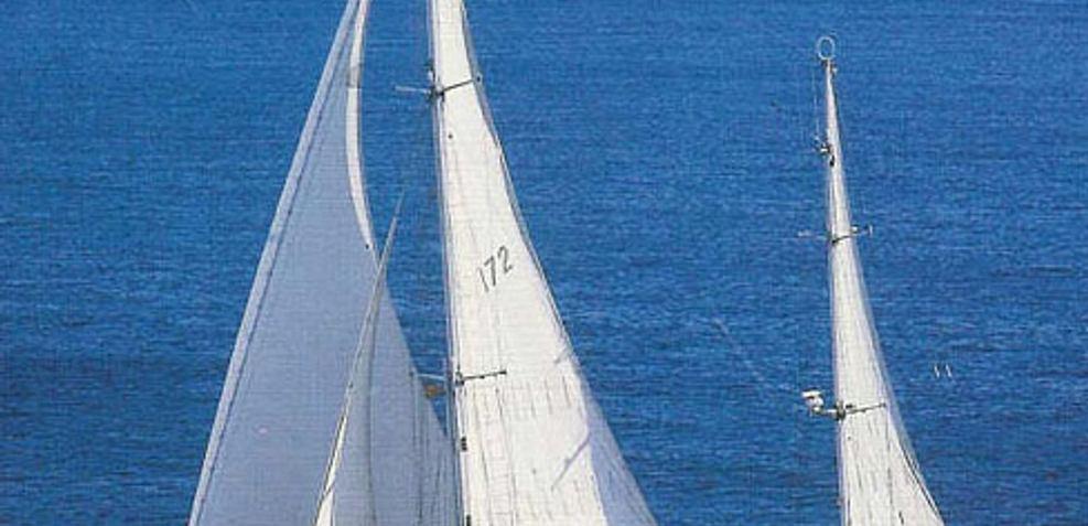 Atalante Charter Yacht