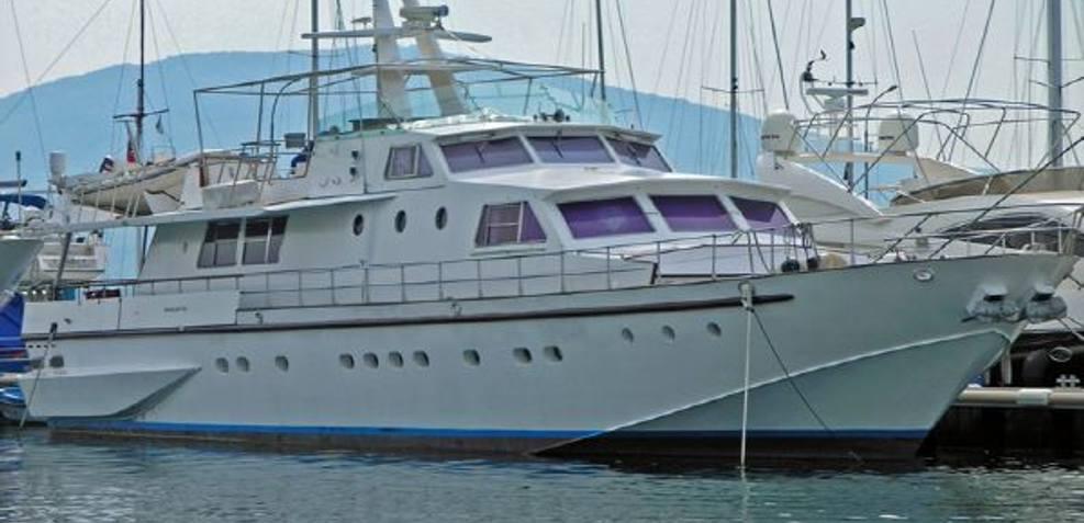 Irvik Charter Yacht