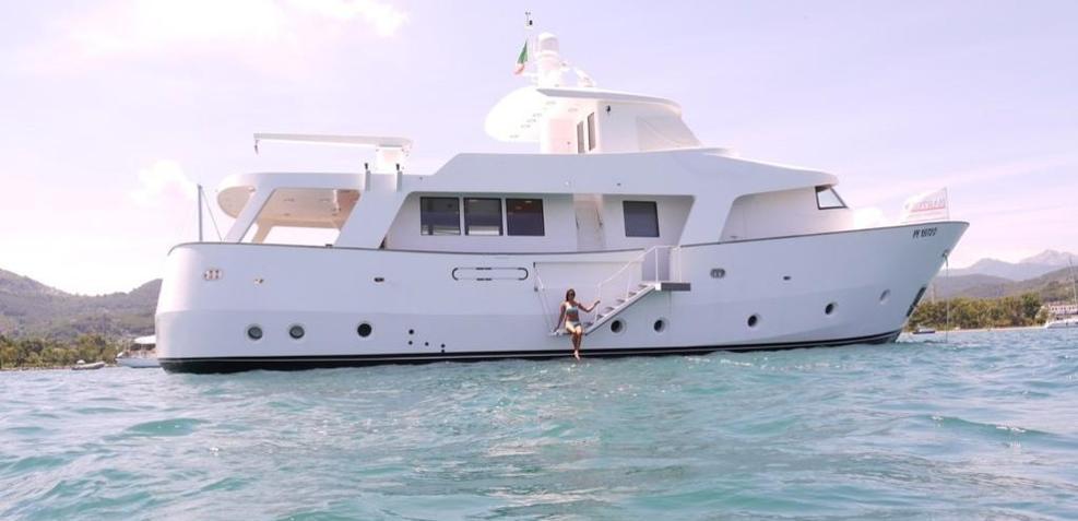 Shika Kamata Charter Yacht
