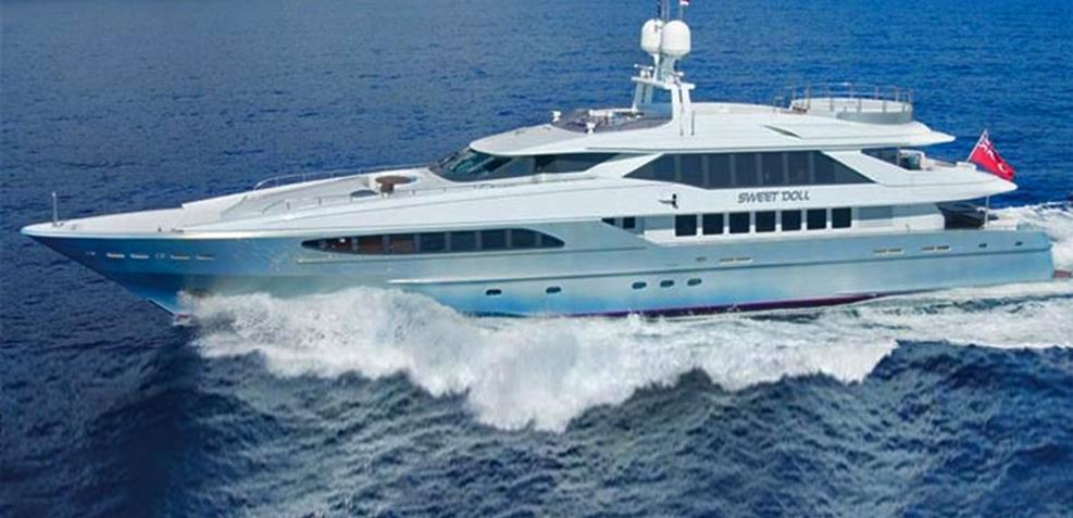 King Louis Charter Yacht