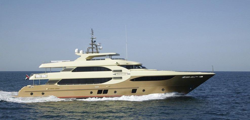 Lady Tahiti Charter Yacht