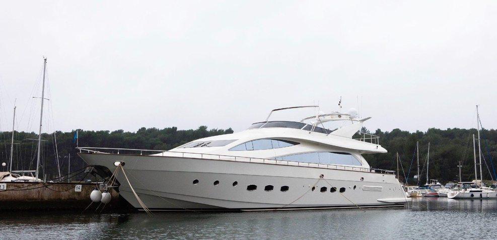 Alda 2 Charter Yacht