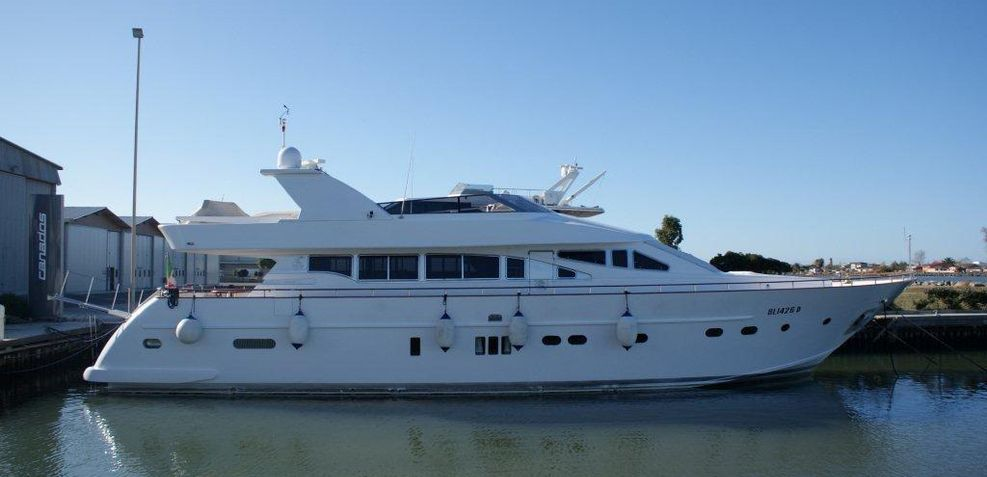 Asleco Charter Yacht