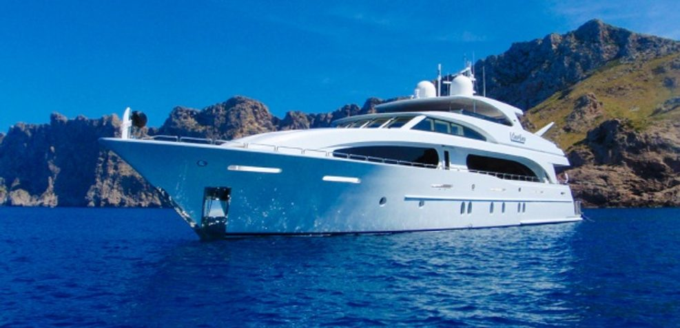 Viva Mas! Charter Yacht