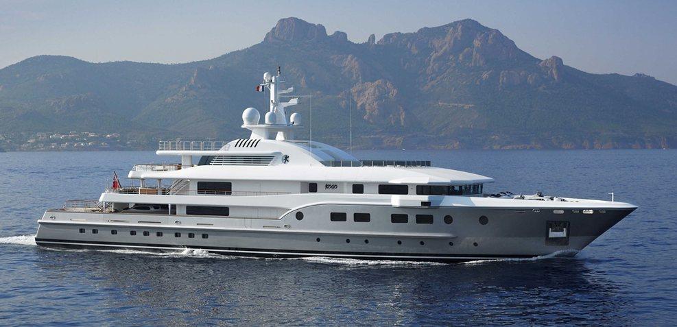 Kogo Charter Yacht