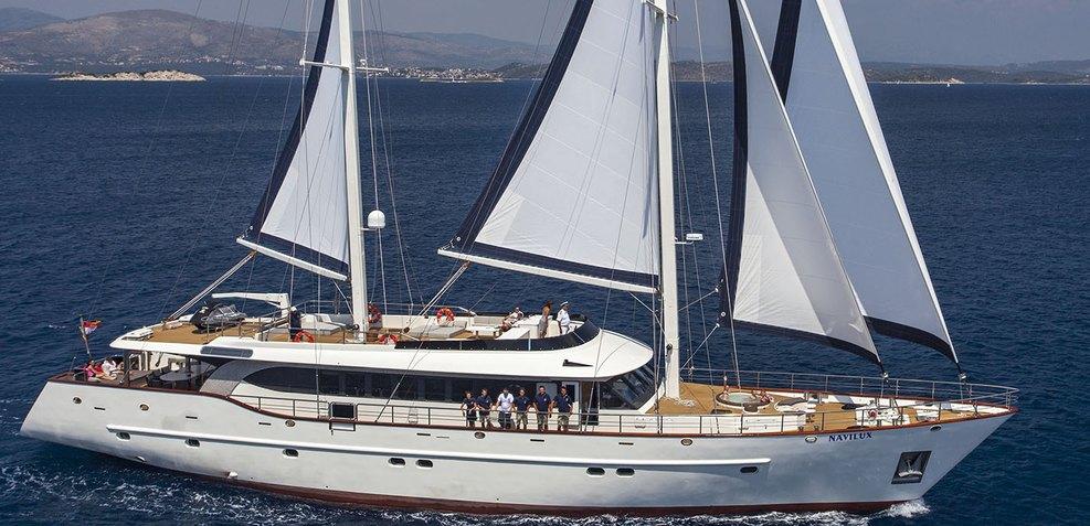 Navilux Charter Yacht