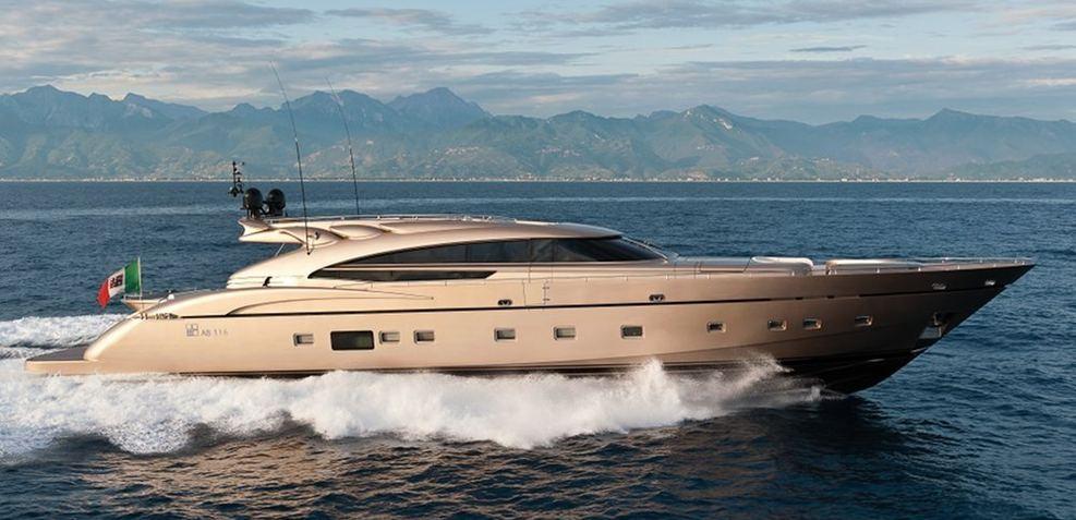 Diamond Charter Yacht