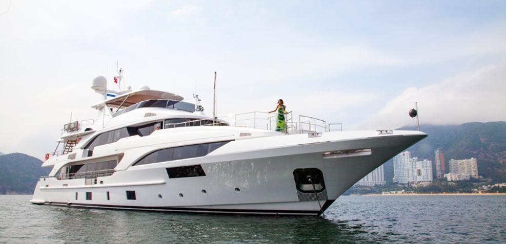 Seven Charter Yacht