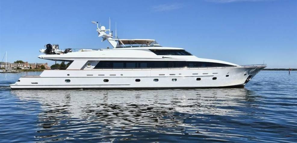 Avram Rose Charter Yacht