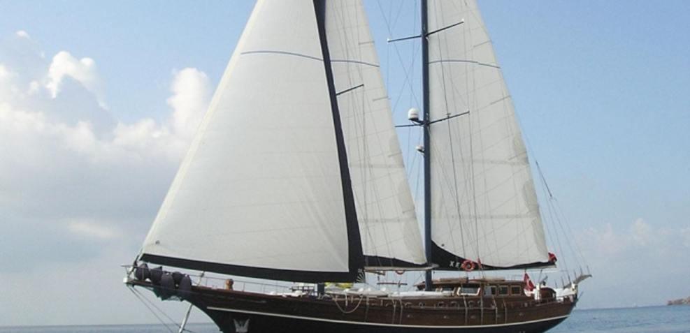 Al Maram Charter Yacht