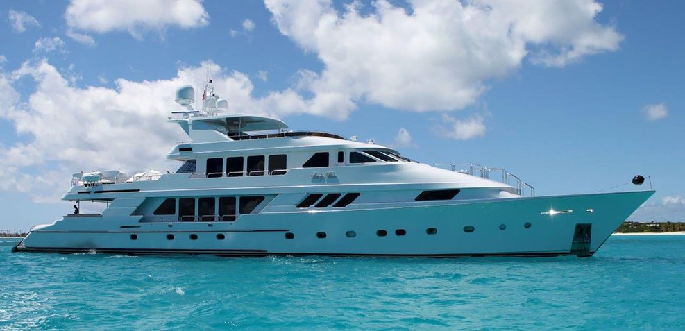 Lady Bee Charter Yacht