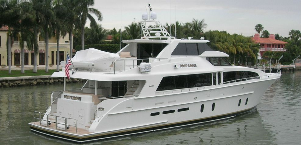 Foot Loose Charter Yacht