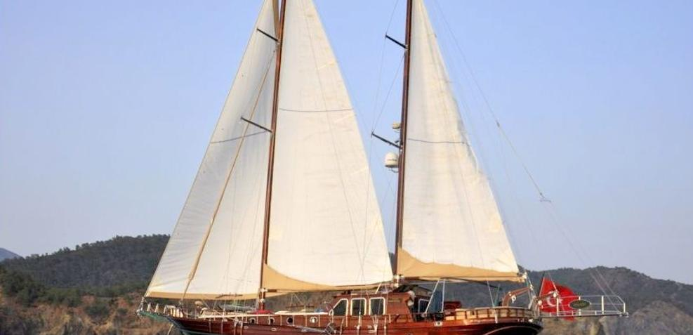 Mikado Charter Yacht