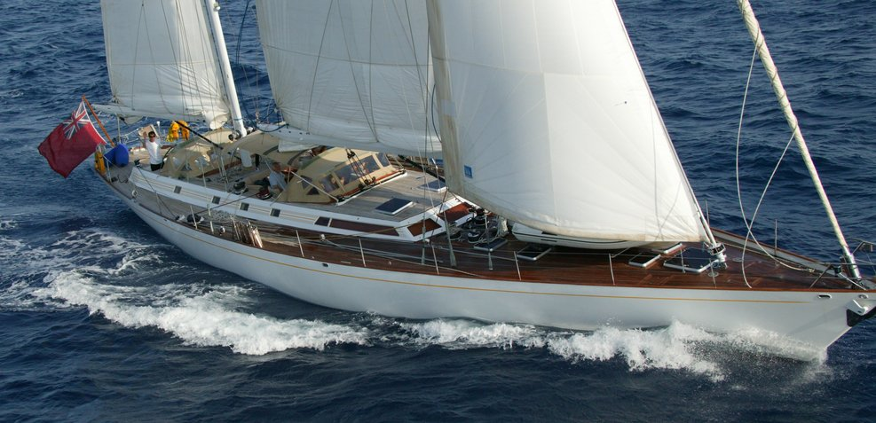 Volador Charter Yacht