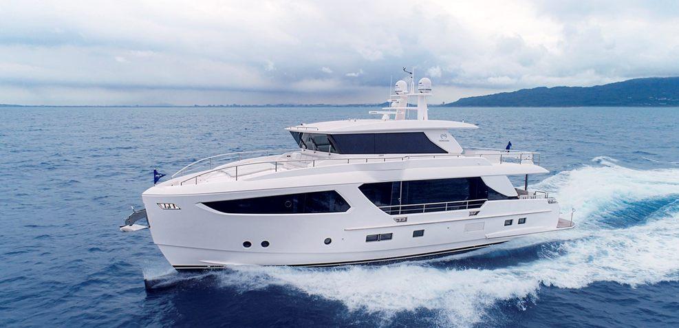 FD77/03 Skyline Charter Yacht
