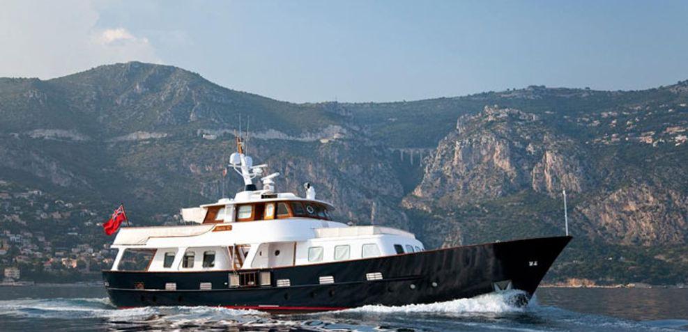 Hera C Charter Yacht