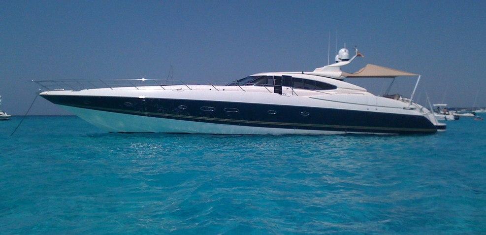 Oscar Charter Yacht