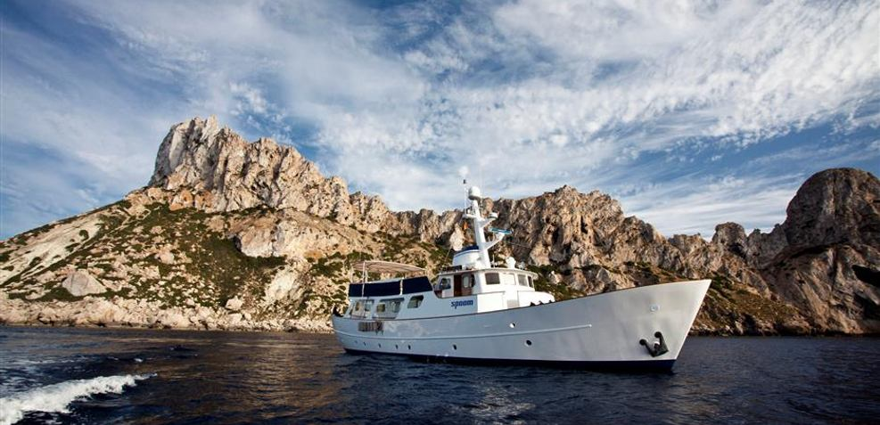 Spoom Charter Yacht