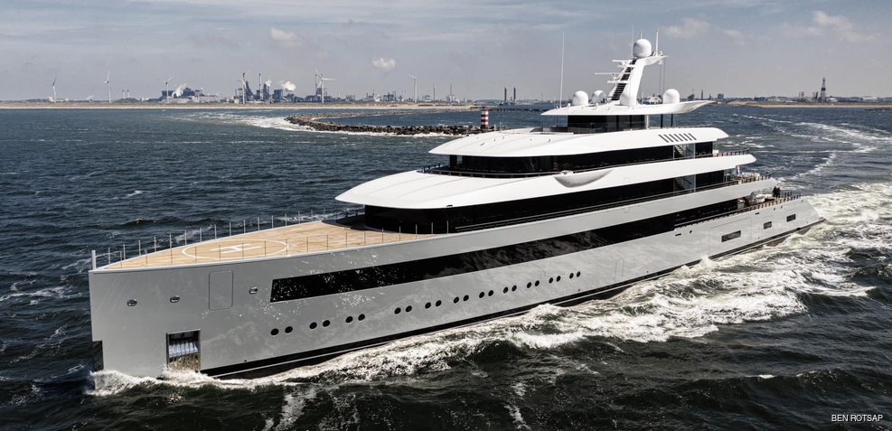 Moonrise Charter Yacht