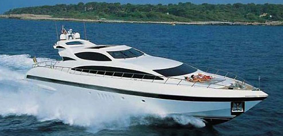 Visa Charter Yacht