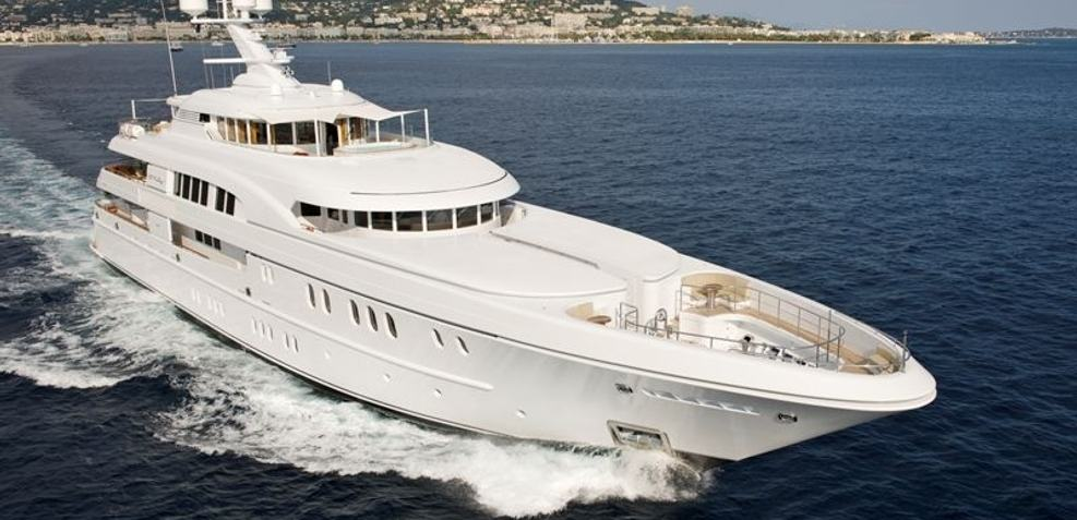Caipirinha Charter Yacht
