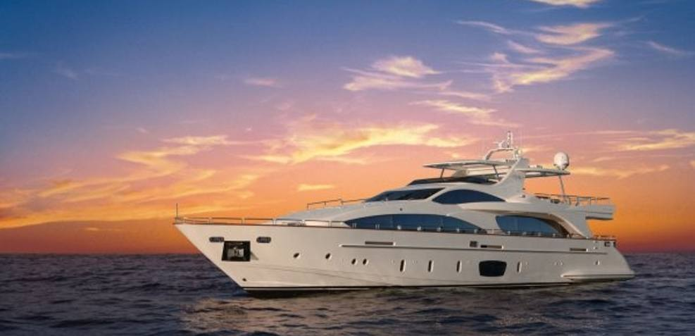 Laura I Charter Yacht