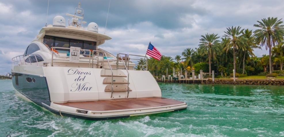 Divas Del Mar Charter Yacht