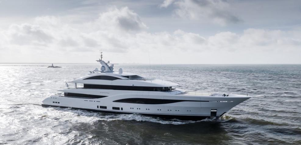 Arrow Charter Yacht