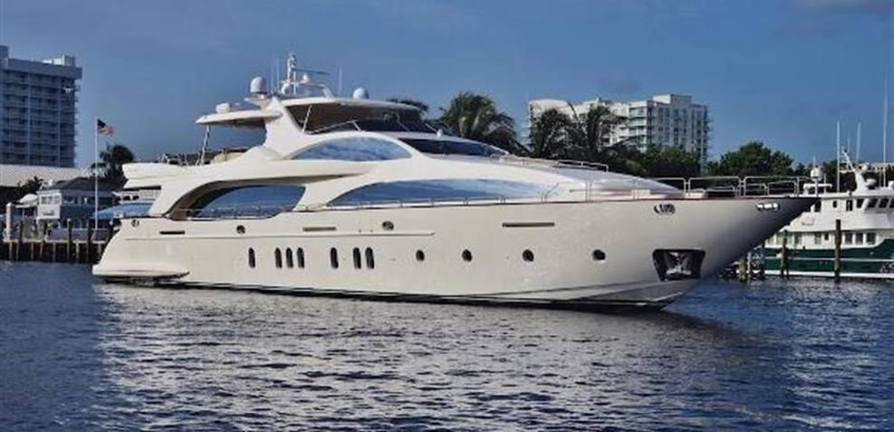 Tail Lights Charter Yacht